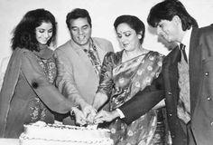 Embedded image permalink-Old photo SRK with Dharmendra, Hema Malini and Divya Bharti.