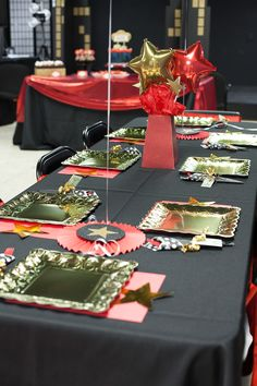 broadway birthday party tablescape