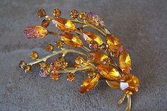 Vintage-Orange-Rhinestone-Floral-Brooch-Geode-AB-Gold-Tone-Setting