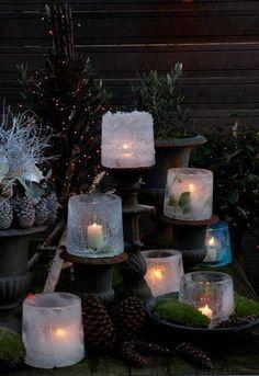 bild: Jul-klapps-tips.blogspot.com Super enkelt, billigt och dekorativt! på samma gång! Du behöver: En större hink En mindre hink Vatten En tyngd (sten eller liknande) Ljus Gör så här: 1…