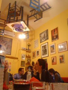 Chez Lucien Best Memories, E Design, Places To Eat, Athens, Greece, Restaurants, Home Decor, Diners, Homemade Home Decor