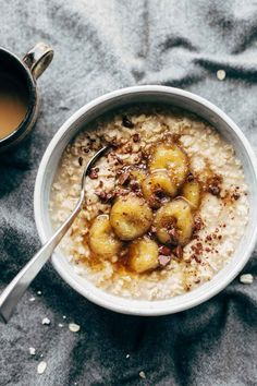 Caramelized Banana Oatmeal! Creamy oatmeal with bananas in a maple syrup/coconut oil glaze. No refined sugar! Sponsored by @QuakerOats | pinchofyum.com