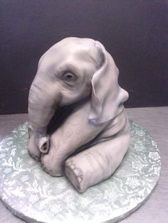 Sitting baby elephant cake. Simply adorable.