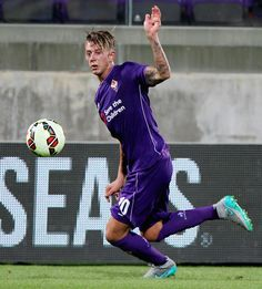 Federico Bernardeschi of ACF Fiorentina in action during the preseason friendly match between ACF Fiorentina and FC Barcelona at Artemio Franchi on August 2, 2015 in Florence, Italy.