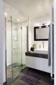 Contemporary Bathroom by Manuel Sequeira Architecte D. Home Interior, Bathroom Interior, Cottage Design, House Design, Contemporary Bathrooms, Beautiful Bathrooms, Home Staging, Bathroom Inspiration, Home Projects