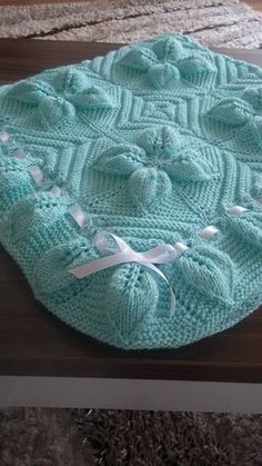 Discover thousands of images about 5 Swollen Baby Blanket Pattern - Leafy Blanket Pattern - Knittting Crochet - Knittting Crochet Leaf Knitting Pattern, Love Knitting Patterns, Knitting Terms, Crochet Blanket Patterns, Baby Patterns, Knitting Projects, Easy Knit Baby Blanket, Knitted Baby Blankets, Crochet Table Runner Pattern
