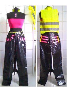 UNIKAT von DOYOULIKEITTOO/PARTY-HOSE+schwarz+Größe 10+Lack m. Leucht-Motiven in Kleidung & Accessoires, Damenmode, Hosen | eBay!