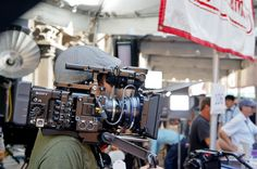 Hand-holding a Sony PMW-F5 w/ AXS-R5 4K-Raw recorder, Zeiss CP.2 PL lens and Arri rig.
