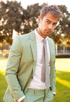 Theo James (hero) on CircleMe. Find comments, news, stories, videos and more about Theo James on the Theo James community of CircleMe Theo James, James May, Theodore James, Pastel Outfit, Mode Masculine, Tris Und Four, Gorgeous Men, Beautiful People, He's Beautiful