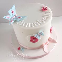 Butterflies and blossoms birthday cake 5th Birthday Cake, Luxury Cake, Baby Girl Cakes, Cute Butterfly, Sugar Cake, How To Make Cookies, Love Cake, Celebration Cakes, Themed Cakes