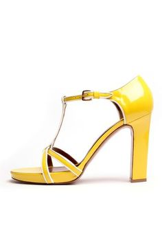 Love these Marni sandals.