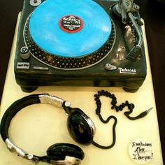 Technics Turntable cake NO WAY!!