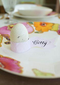 DIY :: Egg-Holder Place Cards