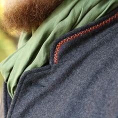 Kabát z ovčej vlny Sweatshirts, Sweaters, Fashion, Moda, Fashion Styles, Trainers, Sweater, Sweatshirt, Fashion Illustrations