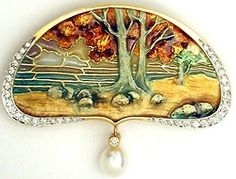 Landscape pendant by Lluis Masriera from turnofthe20th.tumblr