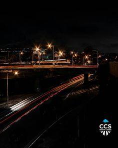 Te presentamos la selección: <<FOTO DEL DÍA>> en Caracas Entre Calles. ============================  F E L I C I D A D E S  >> @jor_fire << Visita su galeria ============================ SELECCIÓN @floriannabd TAG #CCS_EntreCalles ================ Team: @ginamoca @huguito @luisrhostos @mahenriquezm @teresitacc @marianaj19 @floriannabd ================ #Caracas #Venezuela #Increibleccs #Instavenezuela #Gf_Venezuela #GaleriaVzla #Ig_GranCaracas #Ig_Venezuela #IgersMiranda #Great_Captures_Vzla…