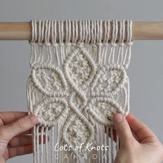 DIY Macrame Tutorial: Large 6 Petal Flower Using Double Half Hitch and Square Knots! Macrame Plant Hanger Patterns, Macrame Wall Hanging Patterns, Macrame Plant Hangers, Macrame Art, Macrame Design, Macrame Patterns, Flower Patterns, Micro Macrame, Wall Hanging Designs
