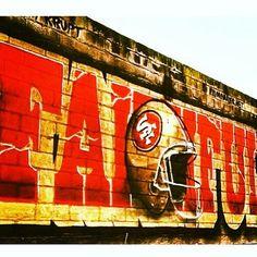 Nation SF Niners San Francisco Niners for Life! Sf Niners, Forty Niners, Nfl 49ers, 49ers Fans, Nfl Football, San Francisco Football, Gate City, Picture Poses, Disney Love