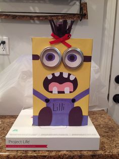 Lilliu0027s Girl Minion Valentine Box:)