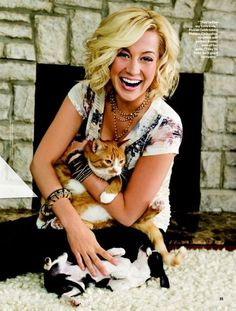 kelly pickler, country singer- Celebrities and their Cats