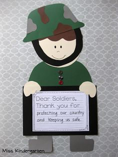november soldiers Miss Kindergarten: Veterans Day Craft! Miss Kindergarten, Kindergarten Social Studies, Kindergarten Projects, Veterans Day Activities, Holiday Activities, Holiday Themes, Remembrance Day Art, November Crafts, Anzac Day