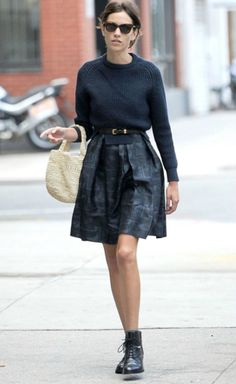 sweater,skirt, ankle boots