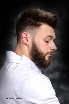 Idei tunsori si barba #donnacarina #beautycreators #barbering #tunsoare Lunges, Barbie, Fictional Characters, Fantasy Characters, Barbie Dolls