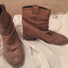 "Steve Madden nude leather ankle boots Great shape! Some wear, but only gives it a more rustic, ""live in"" boot style. Very comfortable!! Steve Madden Shoes Ankle Boots & Booties"