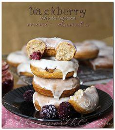 Blackberry Whole Wheat Mini Donuts. Blackberry Whole Wheat Mini Donuts Oreo Donuts, Chocolate Cake Donuts, Baked Doughnuts, Mini Donuts, Best Pumpkin Seed Recipe, Pumpkin Seed Recipes, Delicious Donuts, Yummy Food, Mini Donut Recipes