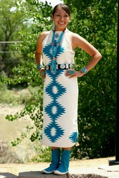 Tips for Buying Native American Indian Jewelry Native American Wedding, Native American Clothing, Native American Beauty, Navajo Clothing, American Jewelry, American Indians, Indian Fashion, Native Fashion, Ribbon Skirts