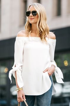 Fashion Jackson, Dallas Blogger, Fashion Blogger, Street Style, Club Monaco Sophiya Top, White Off-the-Shoulder Top, Topshop Jamie Jeans, Denim Ripped Skinny Jeans, Nude Pumps, Celine Belt Handbag
