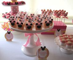 Minnie Mouse desserts