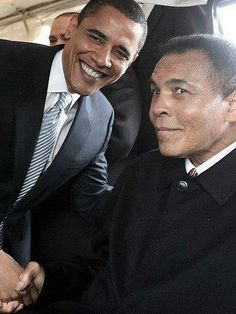 President Obama and Ali!! HeavyWeight in the political ring meets heavyweight in the boxing ring. Two legendary heavyweights,