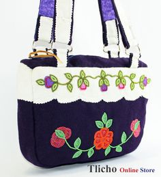 Dene Stroud Purse made by a Tlicho from Gameti, NT. $170. Available on http://onlinestore.tlicho.ca/
