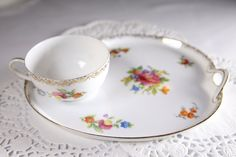 Hey, I found this really awesome Etsy listing at https://www.etsy.com/listing/260820176/vintage-noritake-tea-cup-and-toast-snack