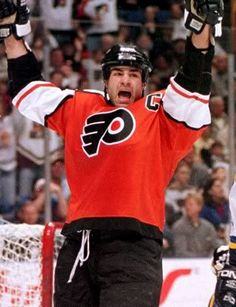 Ben Kuzma: Eric Lindros steps back from no-contact plea to NHL Flyers Players, Flyers Hockey, Ice Hockey Teams, Hockey Mom, Hockey Players, Hockey Stuff, Hockey Girls, Sports Teams, Philadelphia Flyers