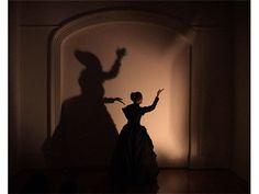 Shigeyuki Kihara Taualuga: The Last Dance 2006. DVD 5 minutes, 50 seconds