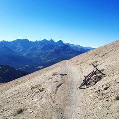 RG kelsseyyyyy: Mountain biking with the best view. #mammothmountain http://instagr.am/p/7zO0KWRR-J