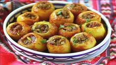 Potatoes stuffed with minced meat, a delicacy of Russian origin, … - Recipes Easy & Healthy Ukrainian Recipes, Russian Recipes, Med Diet, Cuisine Diverse, Crispy Potatoes, Stuffed Potatoes, Cooking Recipes, Healthy Recipes, Delicious Recipes