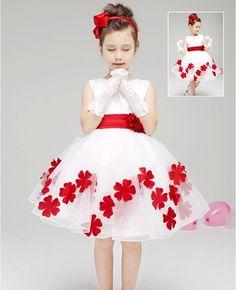 $23.50 (Buy here: https://alitems.com/g/1e8d114494ebda23ff8b16525dc3e8/?i=5&ulp=https%3A%2F%2Fwww.aliexpress.com%2Fitem%2FNew-2015-Summer-Girls-Fashion-Kids-Wedding-Dress-Girls-Bridesmaid-Clothing-High-Quality-2-7-Years%2F32317318931.html ) New 2015 Summer Girls Fashion Kids Wedding Dress Girls Bridesmaid Clothing,High Quality 2-7 Years Old Girls Formal Dresses for just $23.50