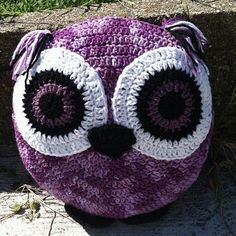 - Purple Crochet Owl Pillow 💜 I love this! Hopefully I can do this with out a pattern. Looks easy enough. Crochet Owl Pillows, Owl Crochet Patterns, Crochet Owls, Burlap Pillows, Crochet Home, Crochet Animals, Knit Crochet, Crocheted Toys, Decorative Pillows