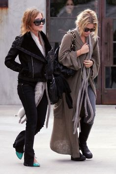 """Taste-Making Celebs & The Trends They Started #refinery29 http://www.refinery29.com/celebrity-trends#slide7 Mary-Kate/Ashley Olsen & Hobo-Style Boho The tabloid press used to call them """"bag ladies,"""" and for a moment there, we were right along with them. But then we warmed to this luxe, oversized take on the old-boho style, realizing that these young ladies were playing with their physical size and financial might in a particularly fashionable, amusing way. Suddenly, we looked around, ..."""