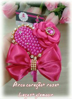 Arco coração+ flor+ laço = puro luxo