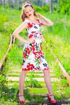 Елегантна рокля AVA • Виж на: http://shopping-terapia.com/drehi-33/rokli-37/elegantna-roklya-ava-2392.html.html