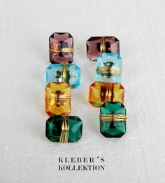 Playing with the colours for enjoy style.  Marvelous Czech crystals emerald shape earrings. Great for your office's style or a cassual outfits.  Photography : @klebersoriano Assistent : @jjmuzo  be DIFFERENT choose an #kk #fashion #moda #czech #crystals #emerald #cut #shape #earrings #bijoux #bisuteria #jewel #jewelry #publicidad #ads #photography #handmade #Nikon #estilo #style #accesorios #accessories #fashionista #marketing #socialmedia