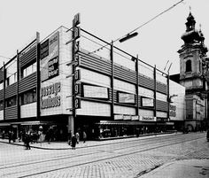 Passage Kaufhaus Broadway Shows, Image, Linz, Department Store, Historical Pictures