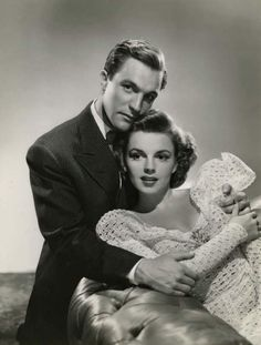 Gene Kelly and Judy Garland, publicity shot for For Me and My Gal (1942)