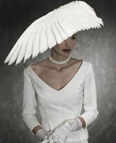 Fashionista winged feathers #millinery #judithm #hats