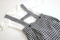 Costura: Peto para bebés (patrones gratis) | | Oh, Mother Mine DIY!!
