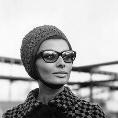 (*) Sophia L. - Aeropuerto de Londres, 1965
